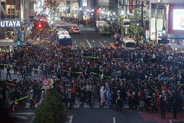 【ハロウィン】 渋谷 少年5人を含む9人が逮捕